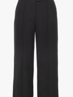 Elitaire Boutique Jaeny Straight Leg Pant in Black