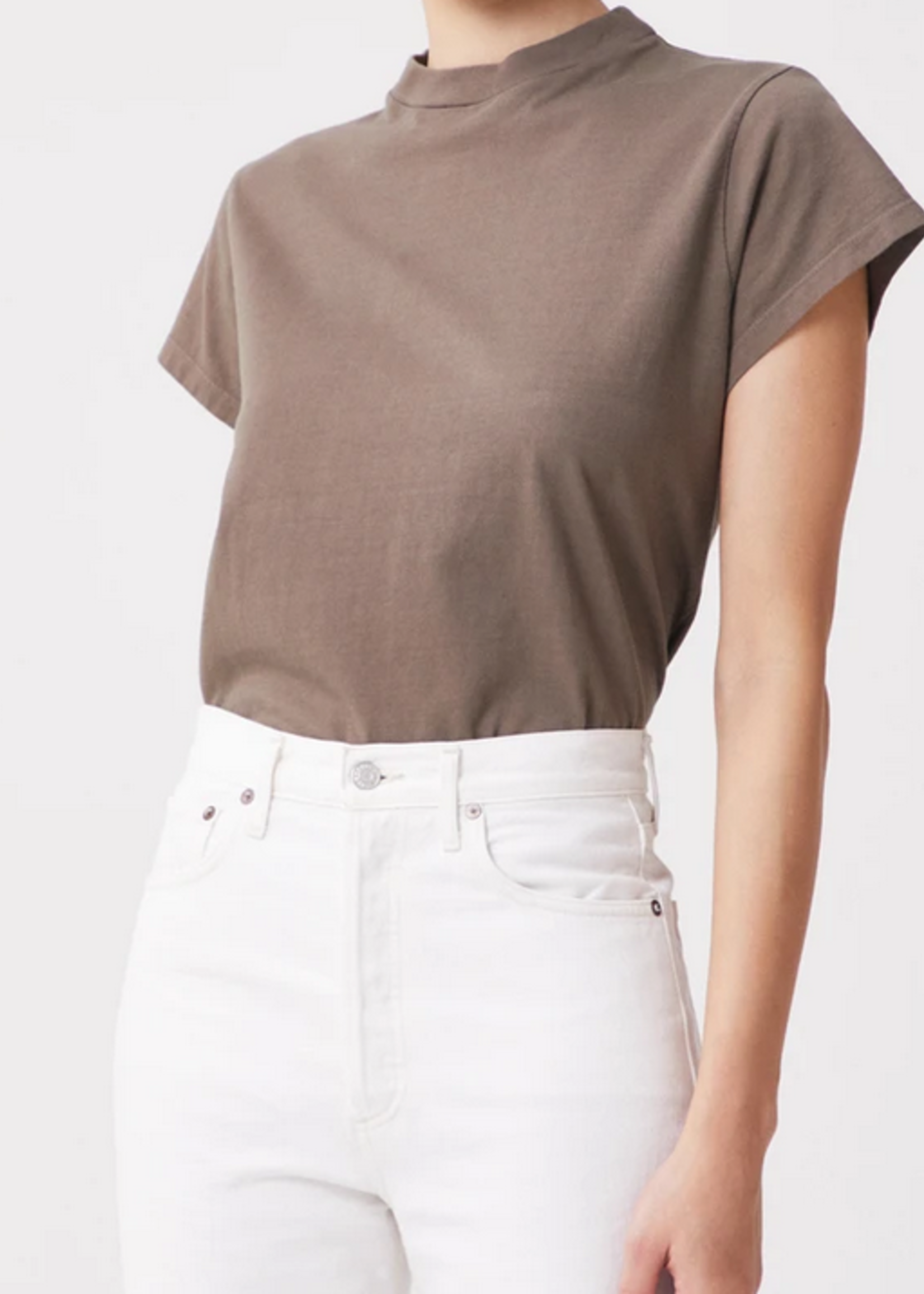 Elitaire Boutique Anika Cap Sleeve Tee in Army