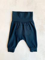 Elitaire Petite Pocket Pants in Midnight