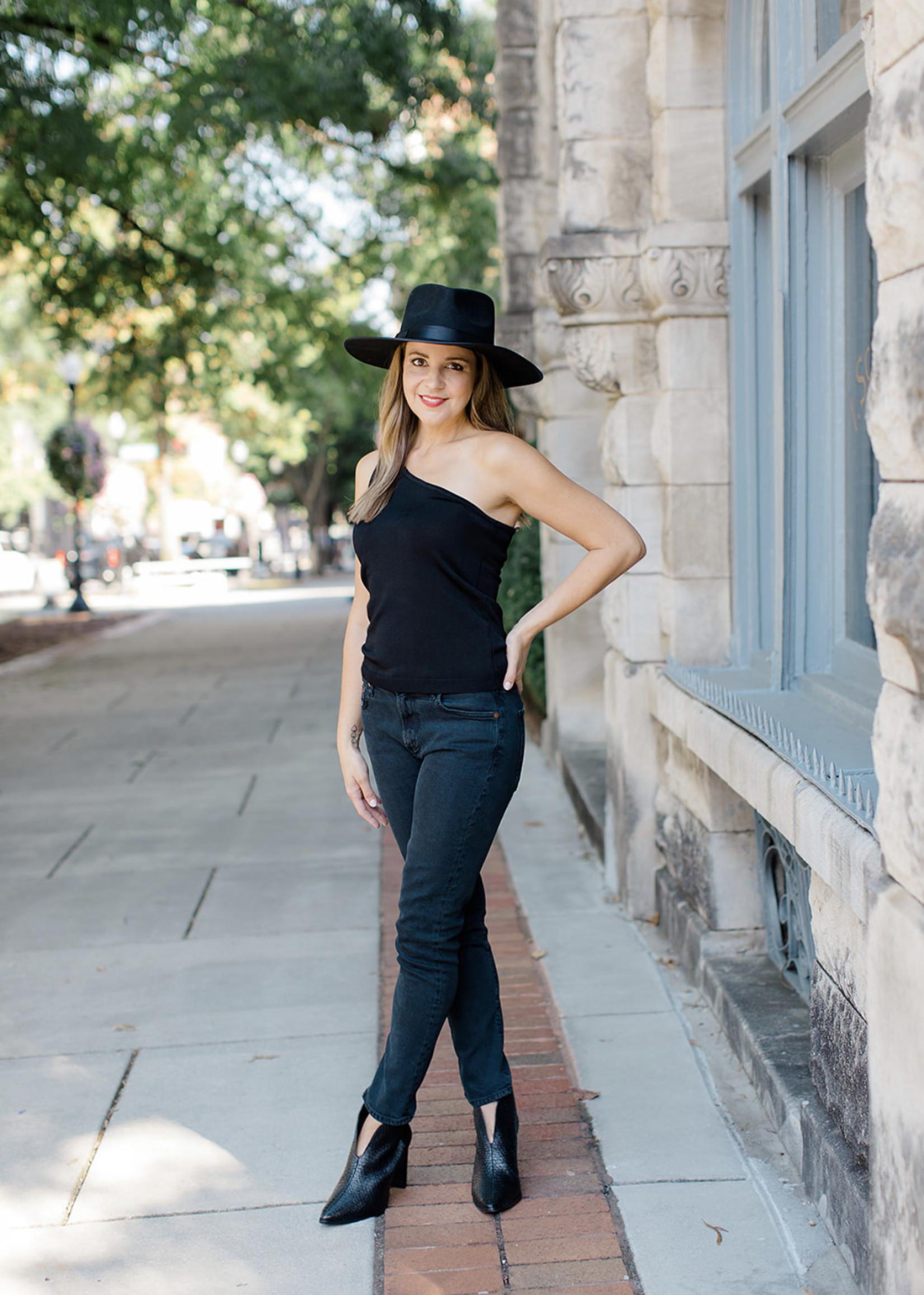 Elitaire Boutique The Cash Hat - Black