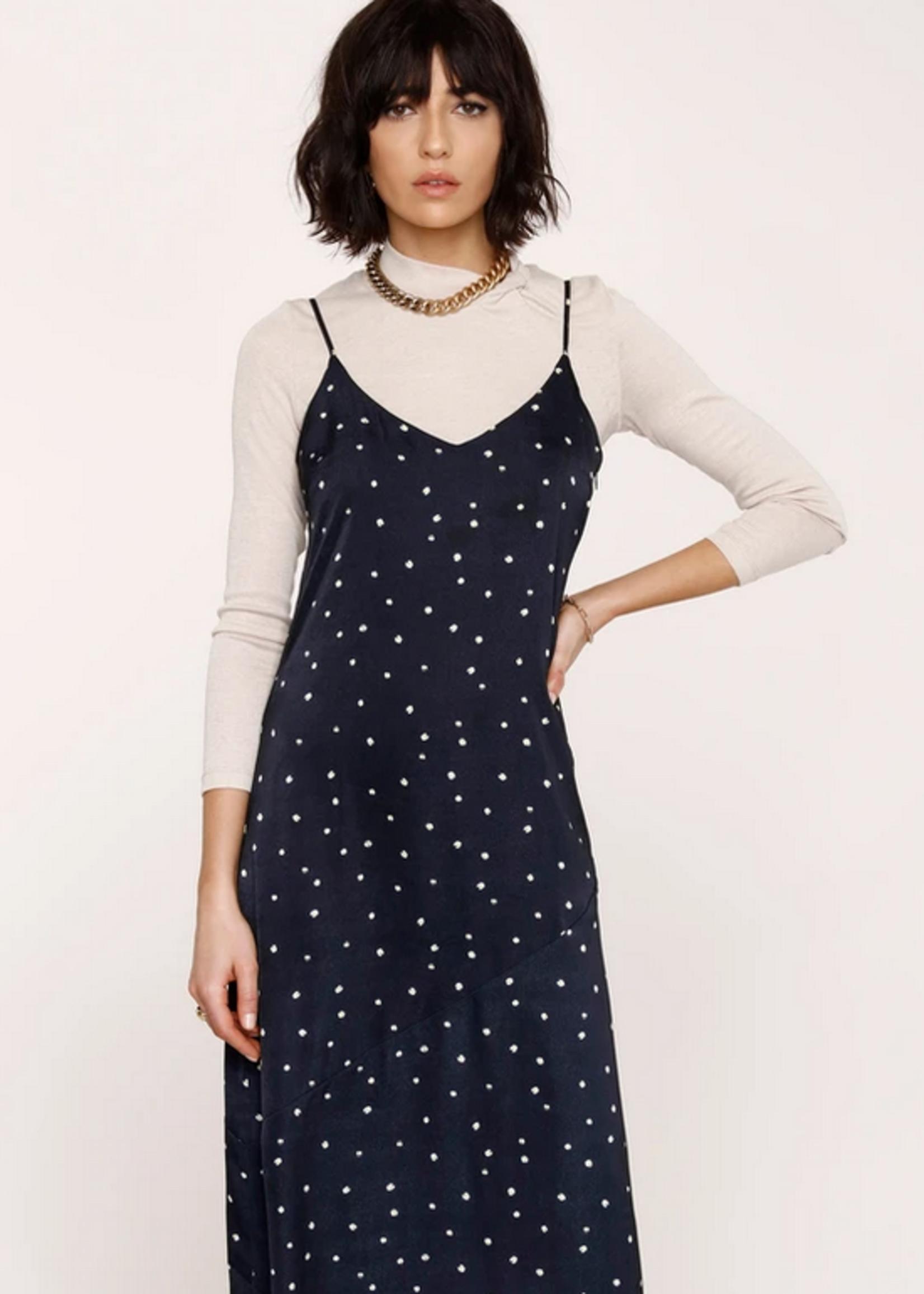 Elitaire Boutique Daisy Slip Dress