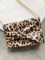 Elitaire Boutique Olivia Bow Clutch in Leopard