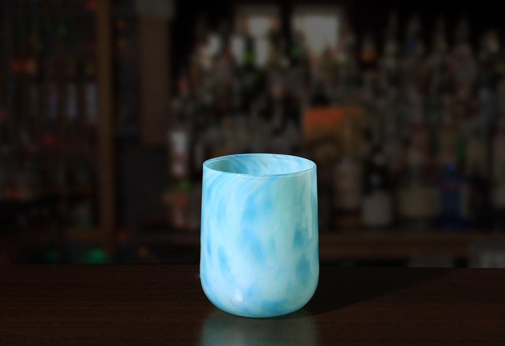 Brad Smith Studios HANDBLOWN GLASS WINE GLASS: SANDY CAY