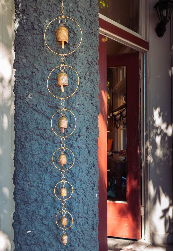 Indika Golden Ring Bell Chime