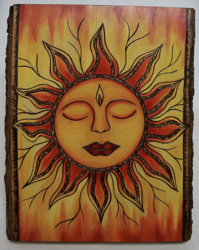 "AG37 Hawaii Creations WOODBURNED & HANDPAINTED WALL PLAQUE: SUN (APPROX. 11"" X 13"")"