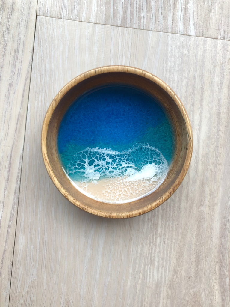 """Marr Art Works 4"""" ROUND RESIN WOOD DISH"""