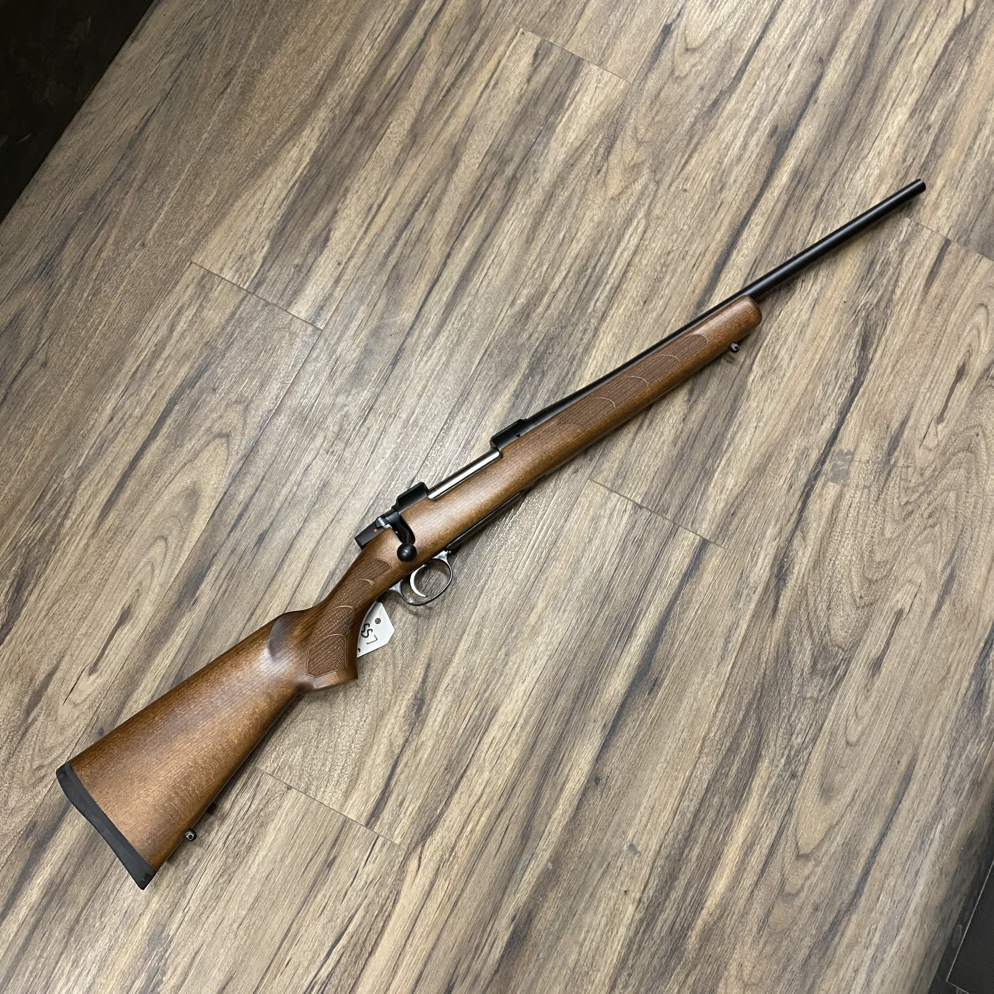 CZ CZ 557 SPORTER RIFLE, 30-06 SPRG, WOOD STOCK
