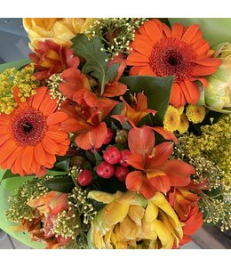 Red and Orange Blooms, Bouquet