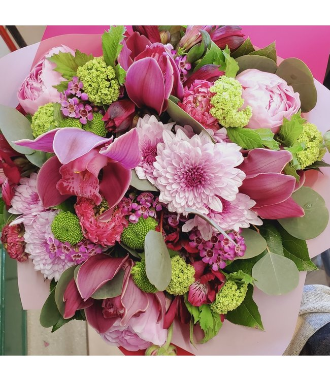 Pink and Green Blooms, Bouquet