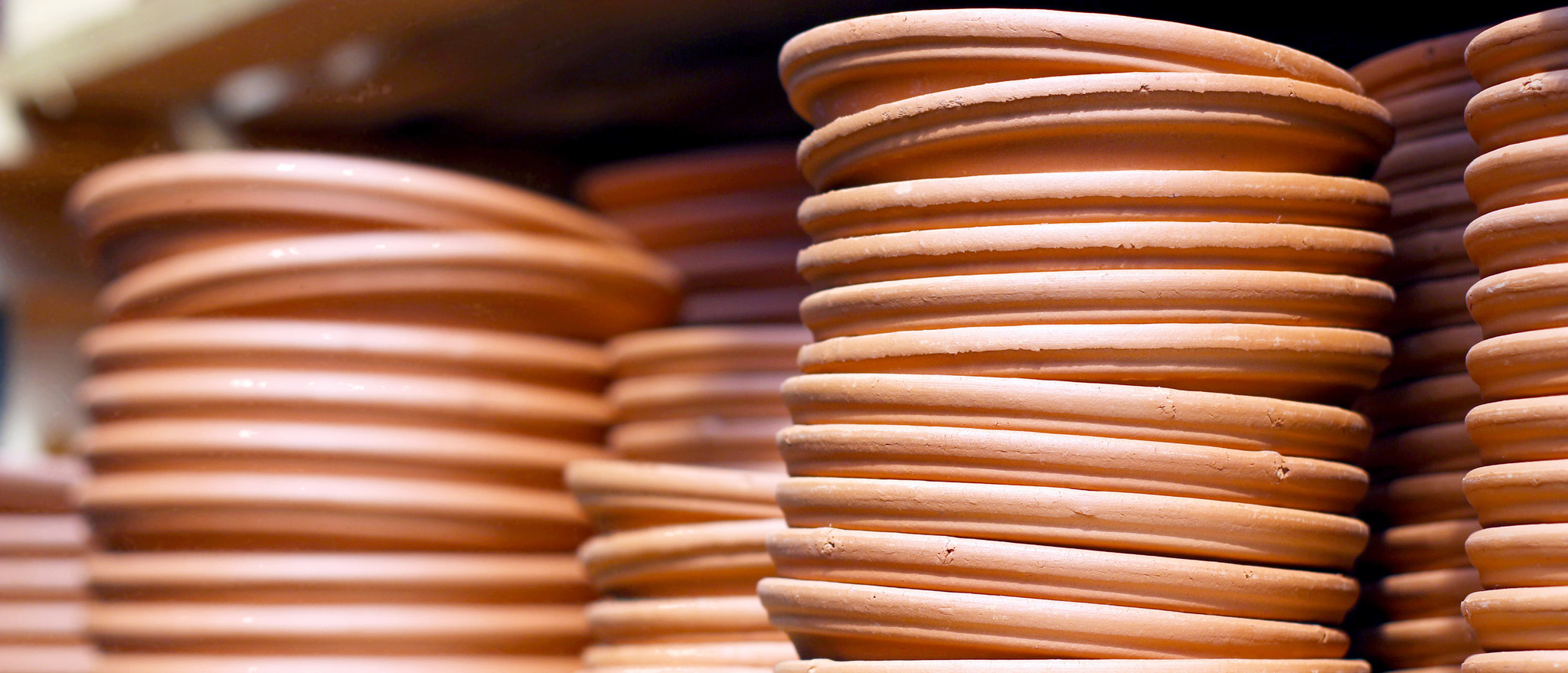 Earthy Turns: Holding, Creating and Making Terracotta Pottery