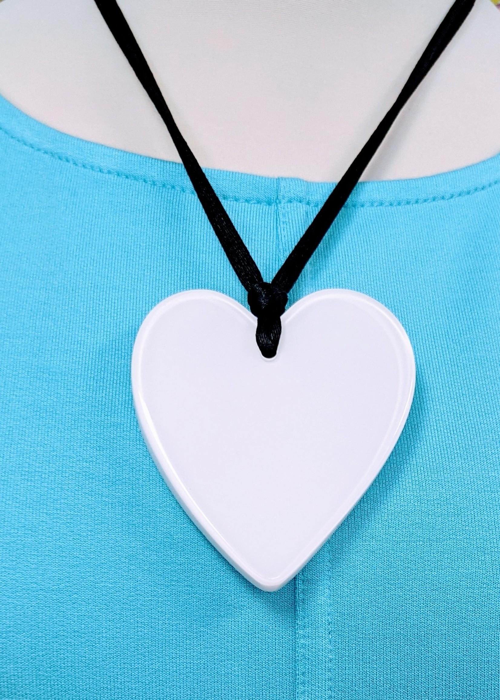 Zsiska Zsiska Large Heart Pendant, White