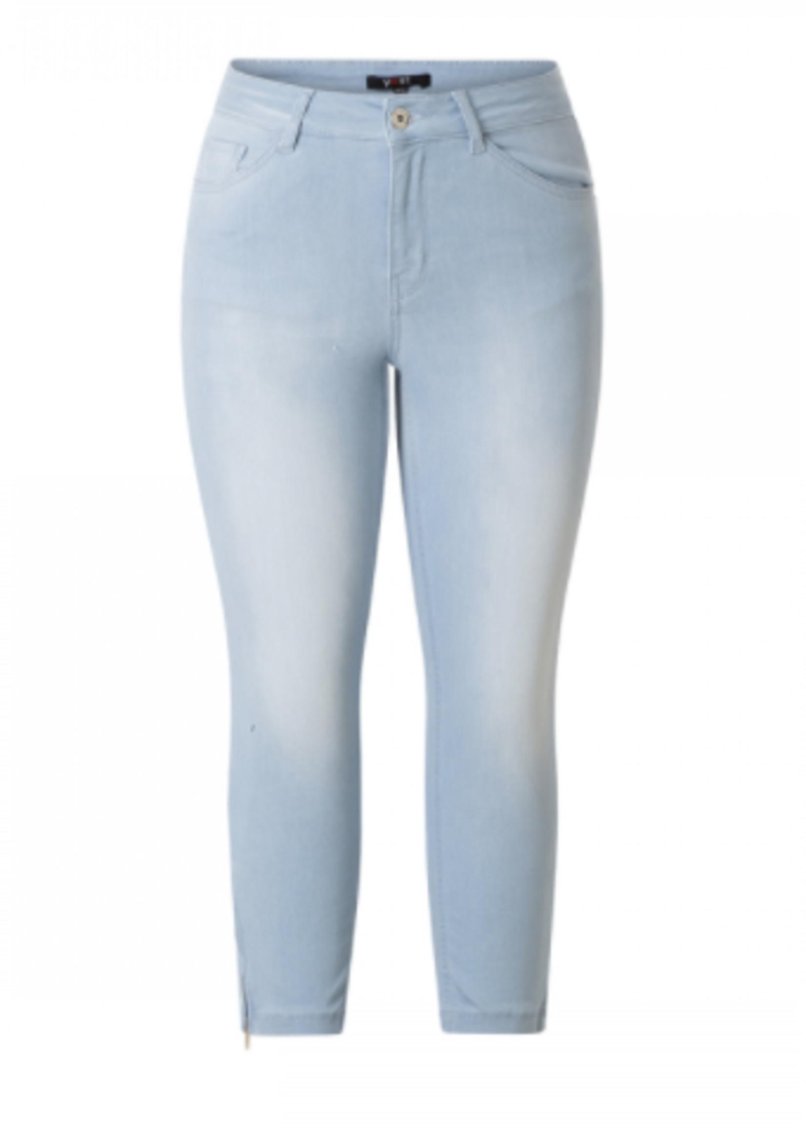 Yest Yest Bleach  Blue Denim Cropped Jeans