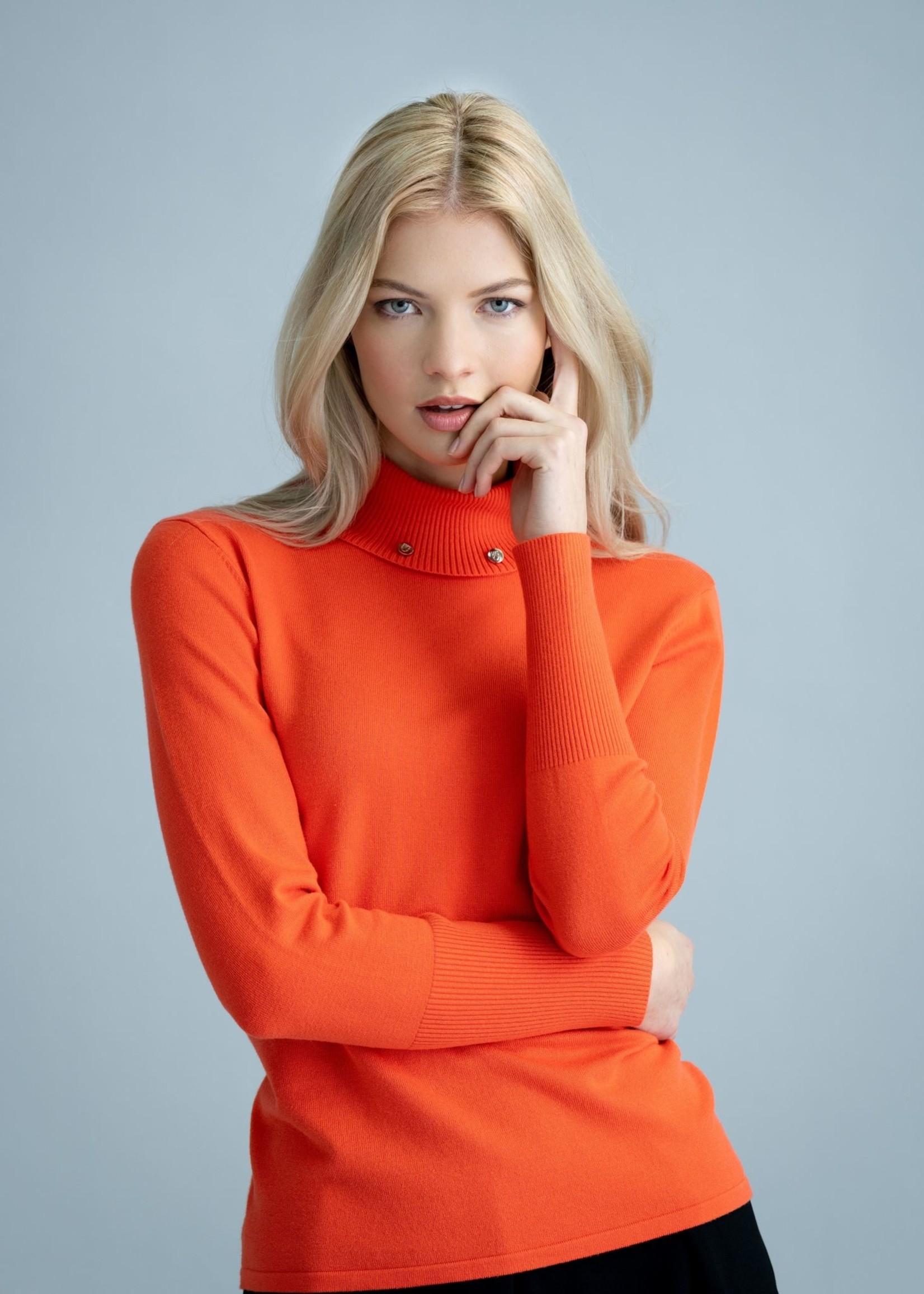 Marble Marble Turtleneck Sweater w/ Collar Details Paprika