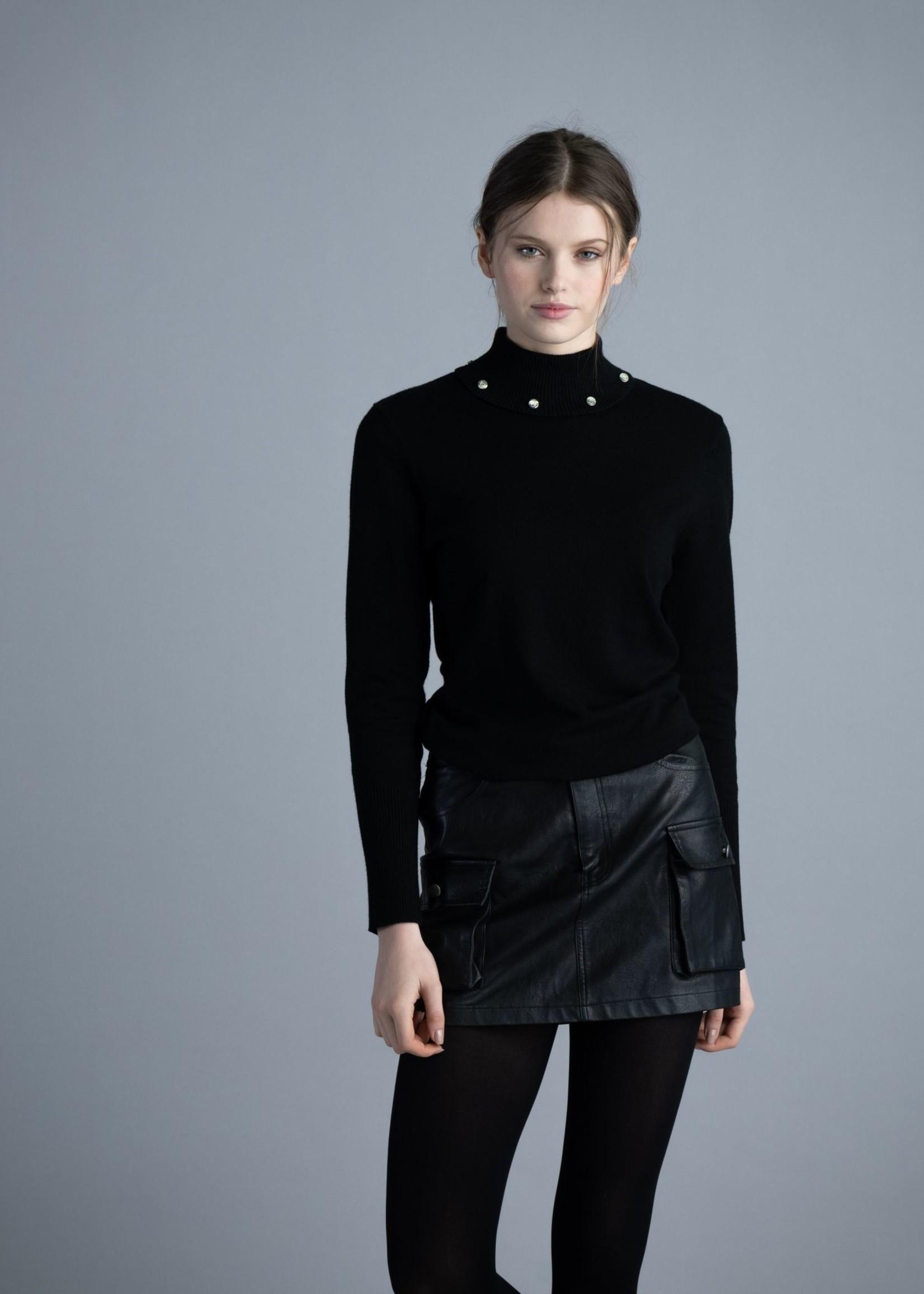 Marble Marble Turtleneck Sweater w/ Collar Details  Black