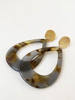 Caracol Caracol Resin Drop Earrings