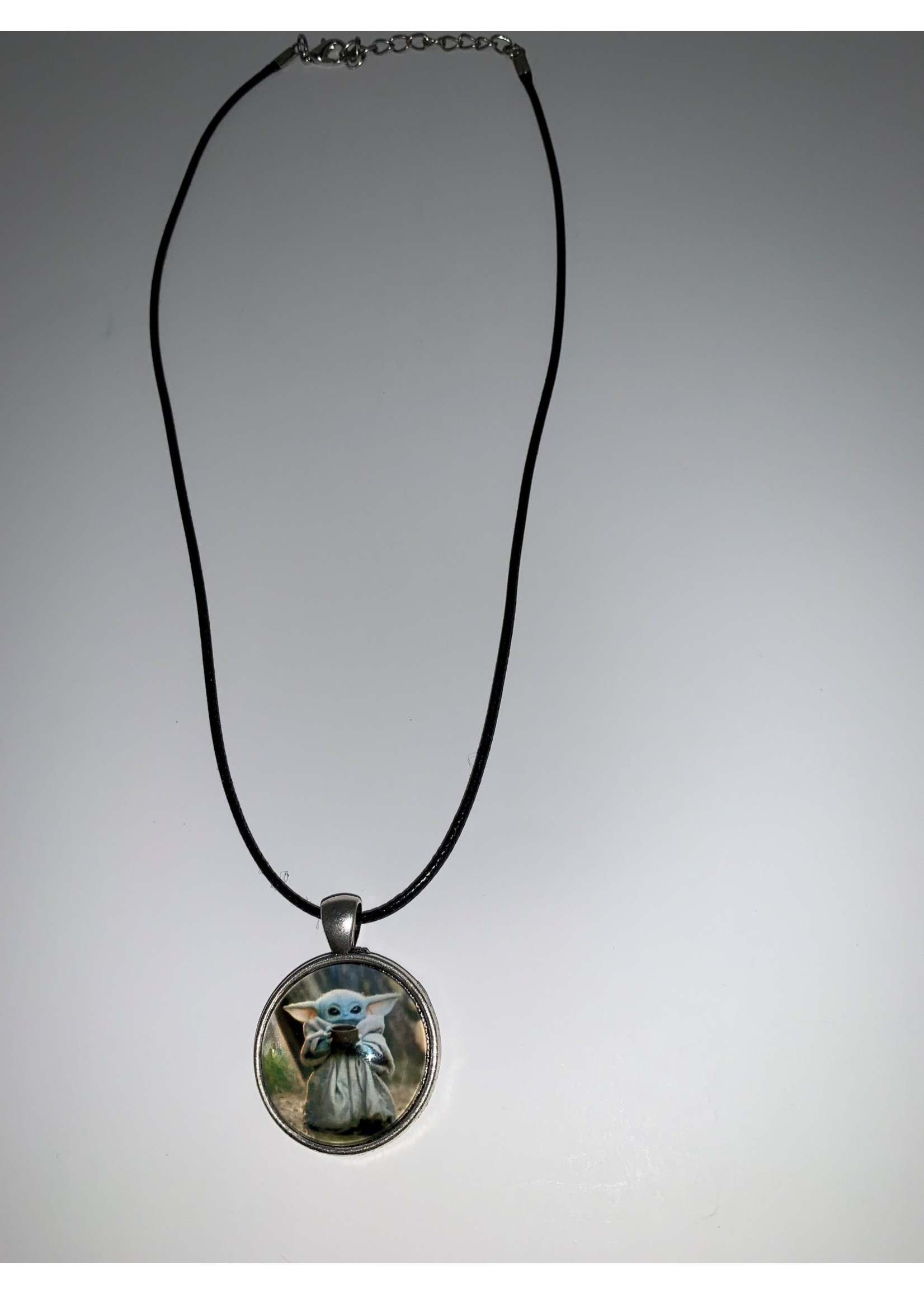 Cabochon Necklace Yoda in Silver Setting
