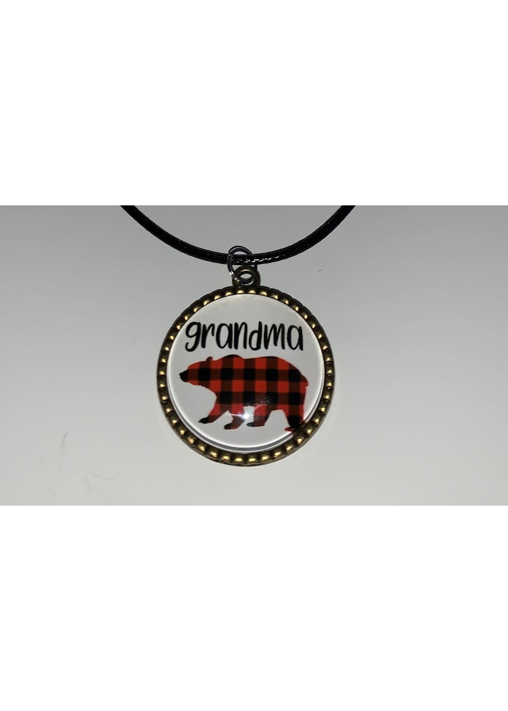 Cabochon Necklace Grandma Bear