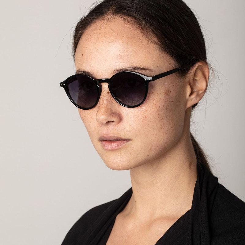 Pilgrim Sunglasses Roxanne Black - 752010110