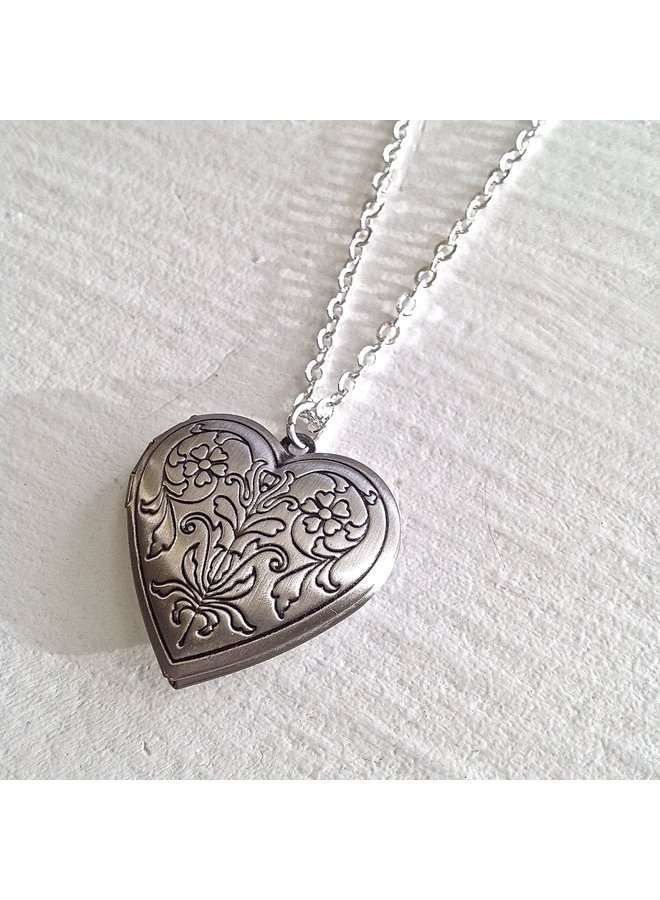 antiqued heart locket necklace