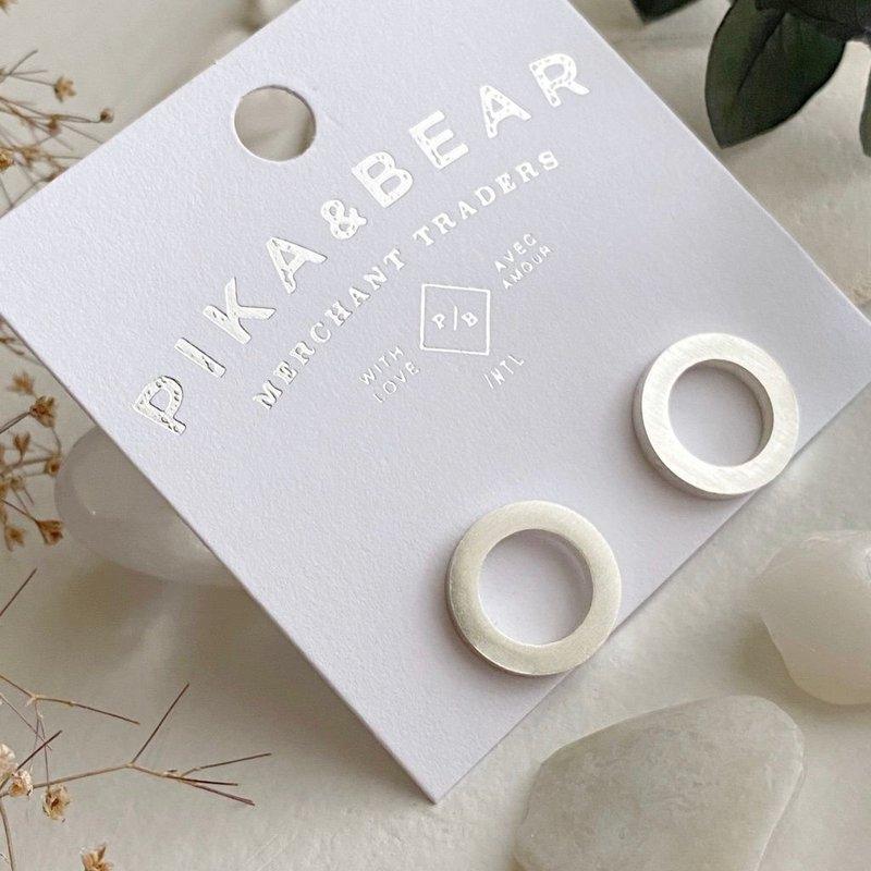 Pika & Bear Dohlta Wreath Stud earring