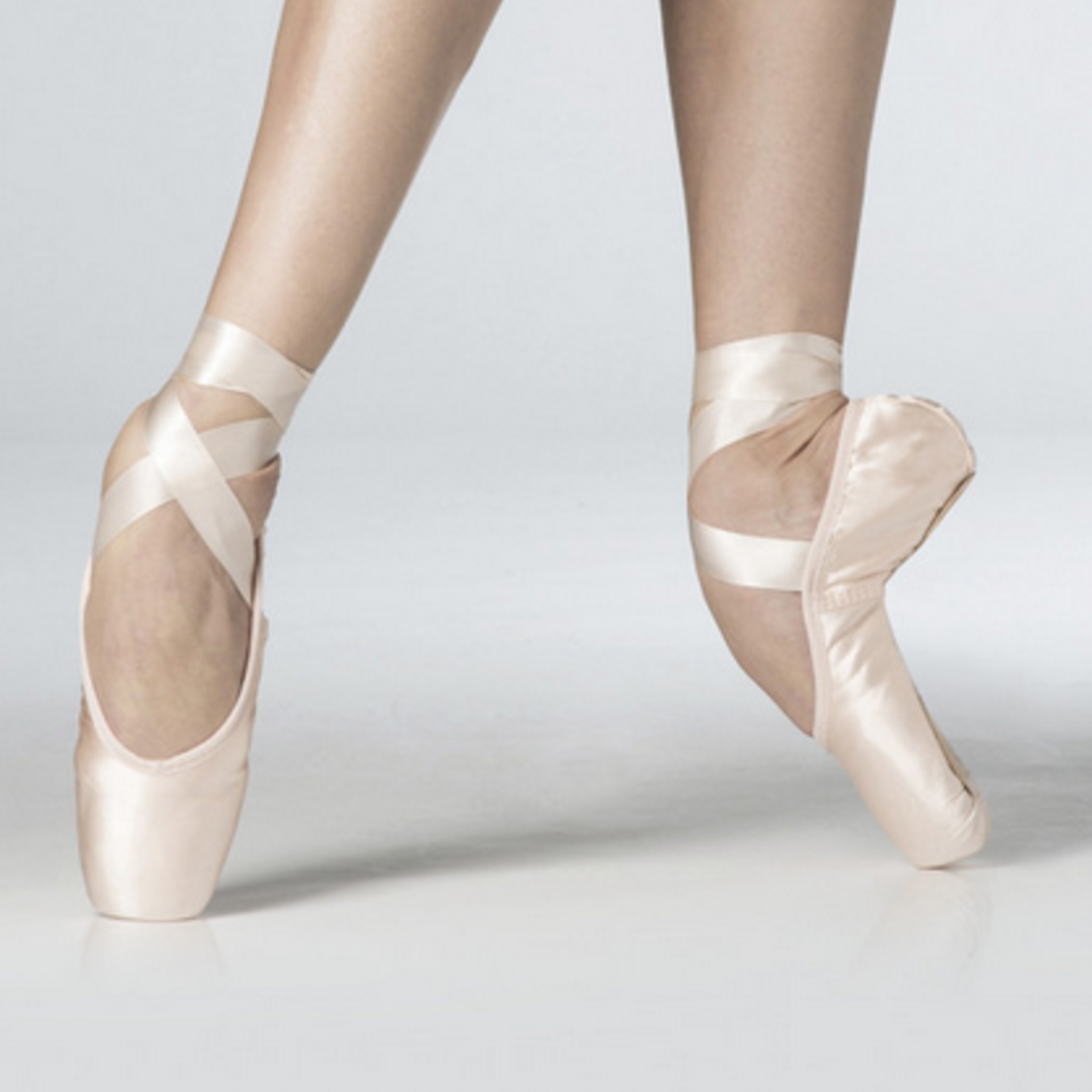 Wear Moi Wear Moi La Pointe Pointe Shoes