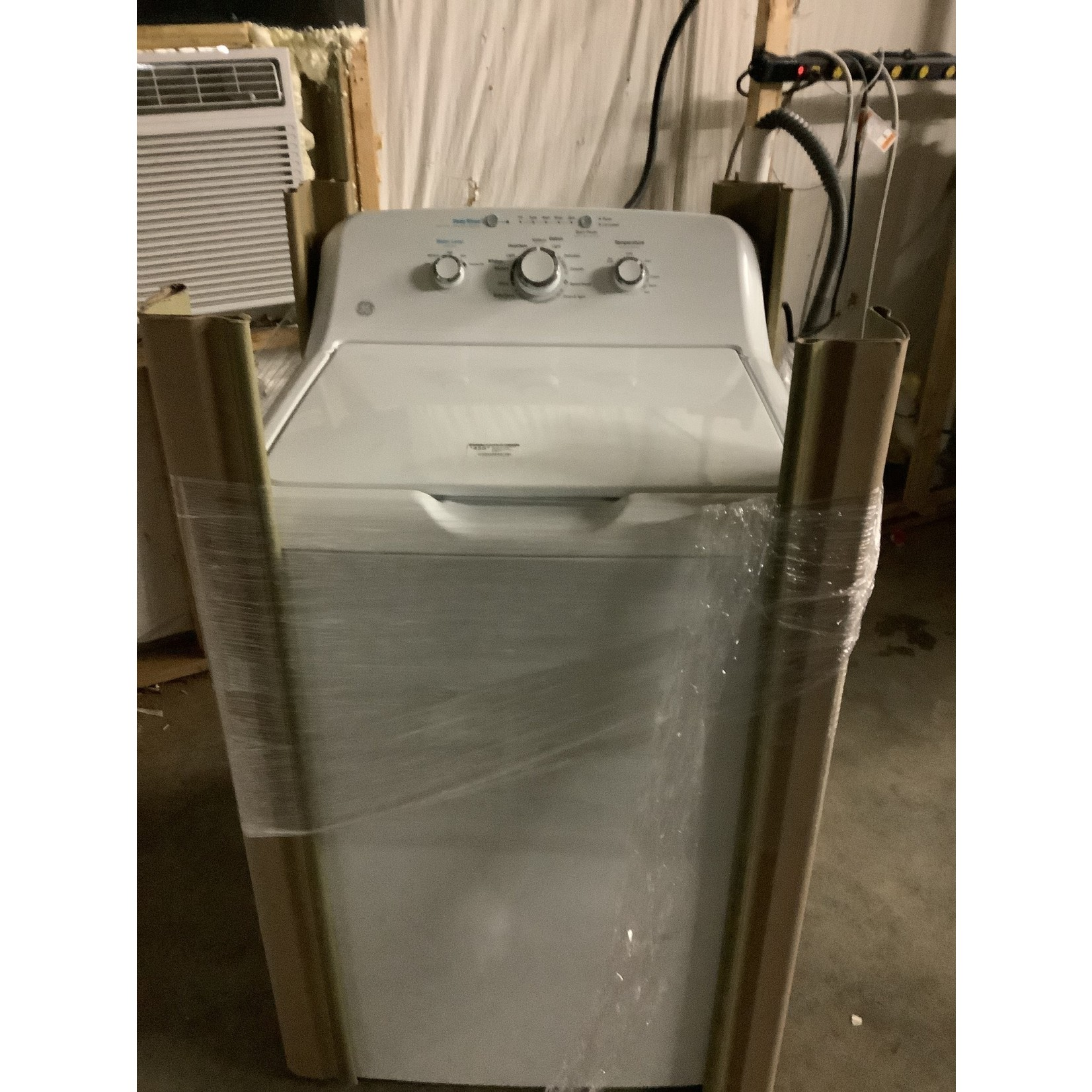 General Electric 4.2 CU.FT. CAPACITY WASHER WITH STAINLESS STEEL BASKET