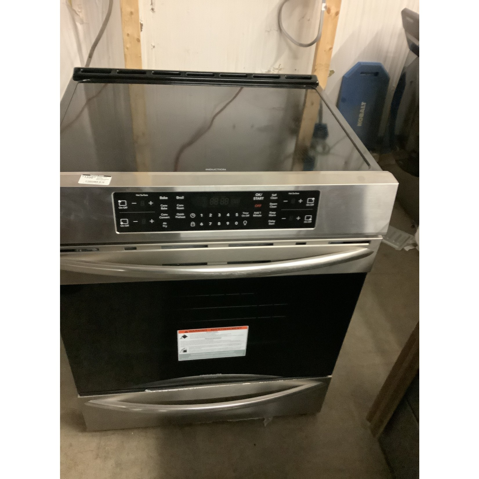 FRIGIDAIRE 30 INCH FRONT CONTROL INDUCTION RANGE WITH AIR FRY