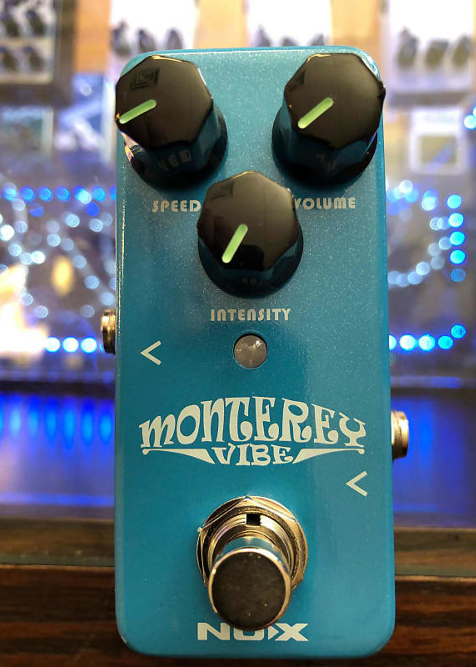 Nux Nux Monterey Vibe