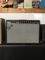 1981 Fender Deluxe Reverb Amp - Con. J. D.