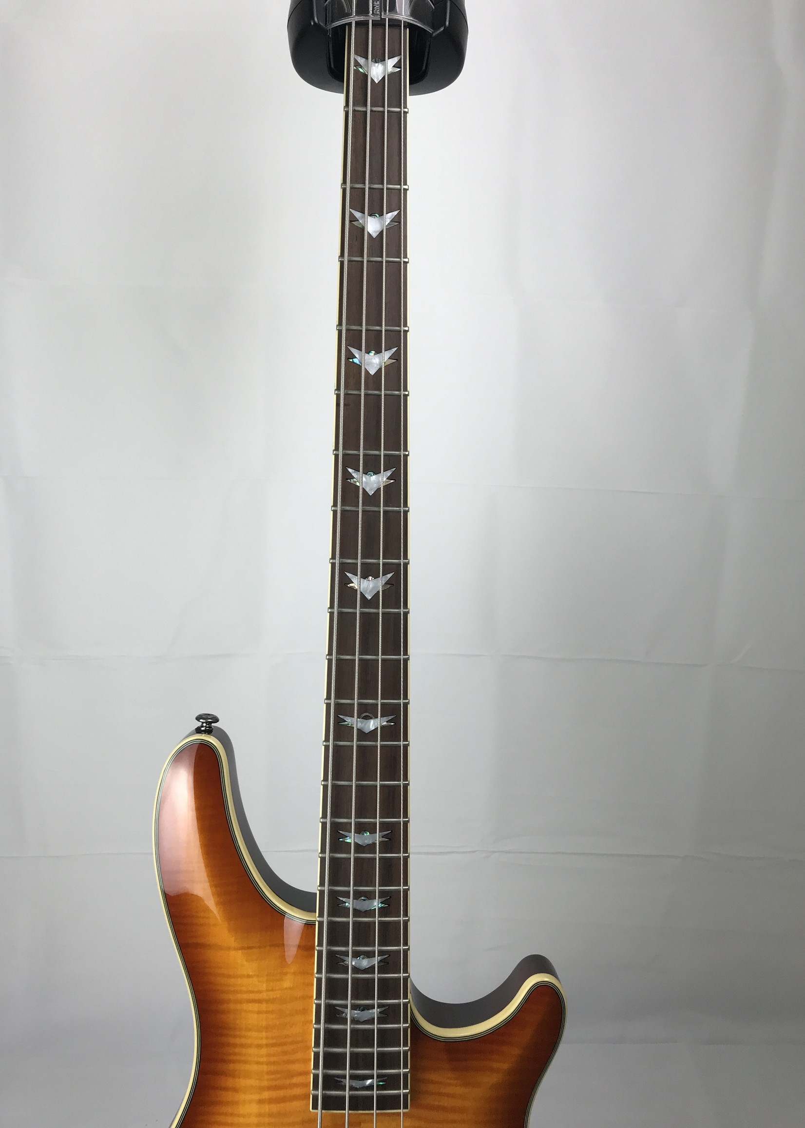 Schecter Omen Extreme 4 (used)