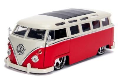 Diecast DDA 1:24 BTK 1962 VW Bus Glossy Bus Glossy Red
