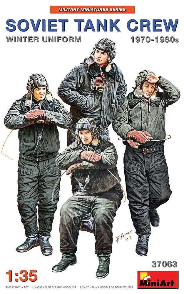 Plastic Kits Miniart 1/35 Soviet Tank crew 1970-1980s Winter Uniform
