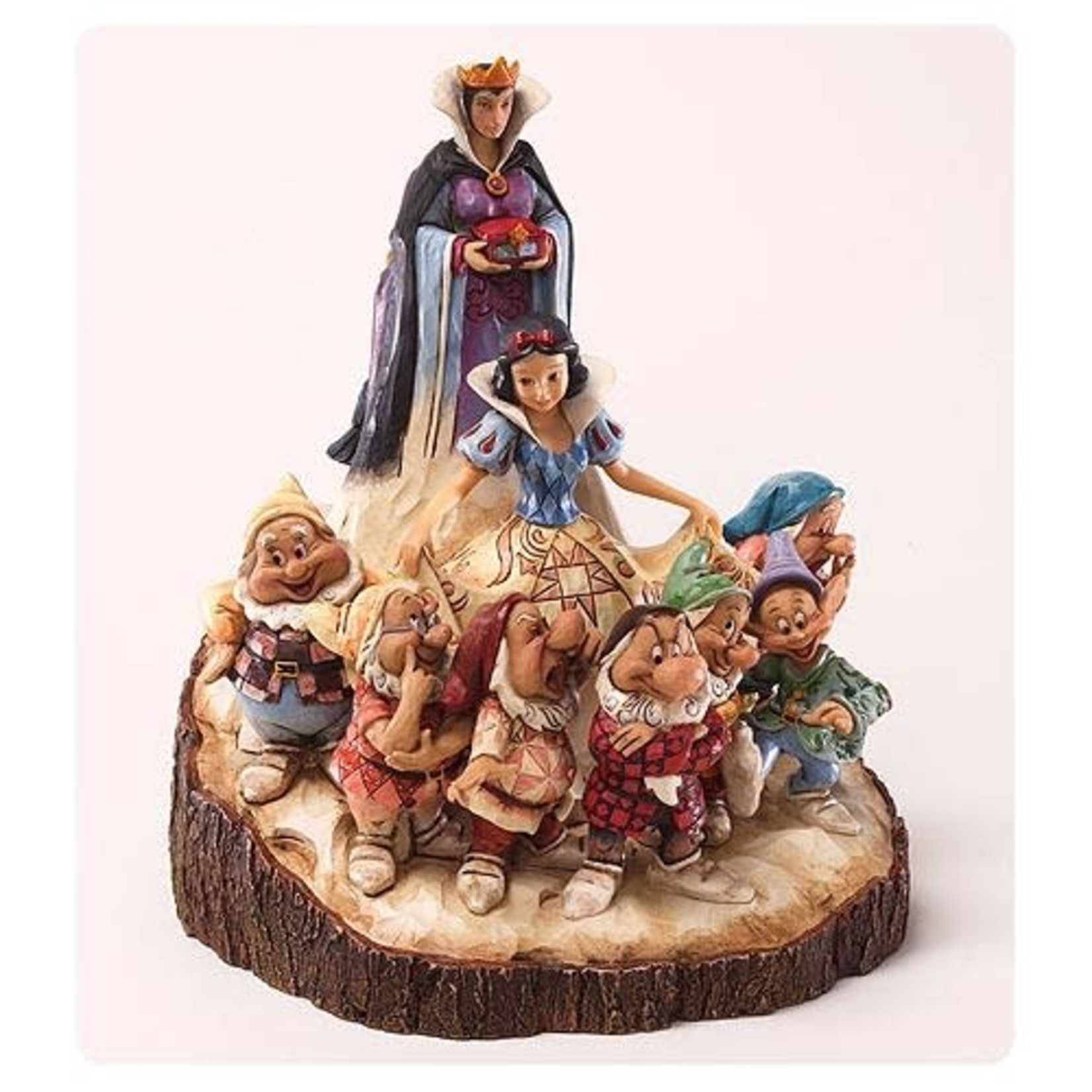 Disney Disney Traditions Snow White Carved by Heart Statue