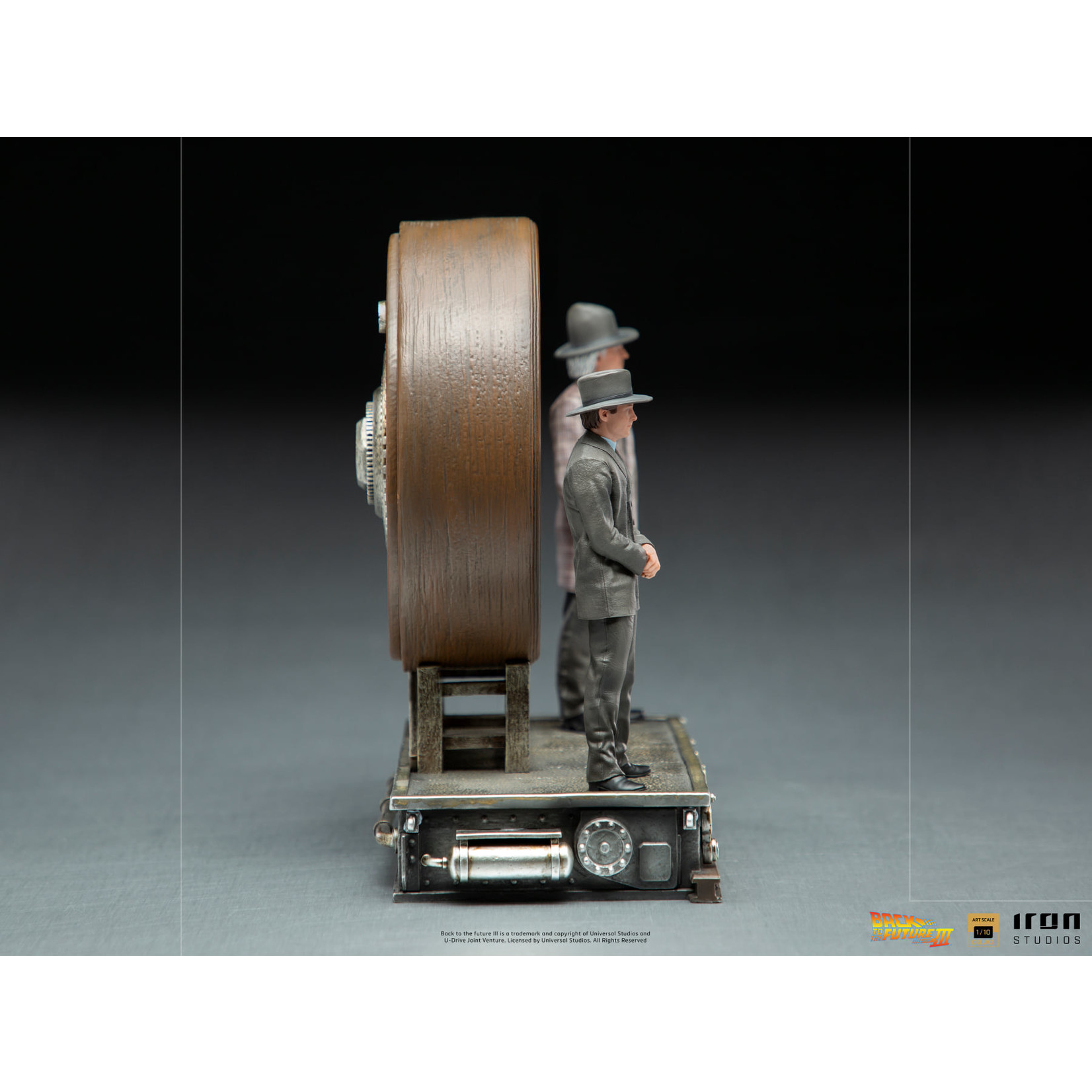 Iron Studios [Preorder] Iron Studios Marty and Doc at the Clock Deluxe Art Scale 1/10 - BTTF III