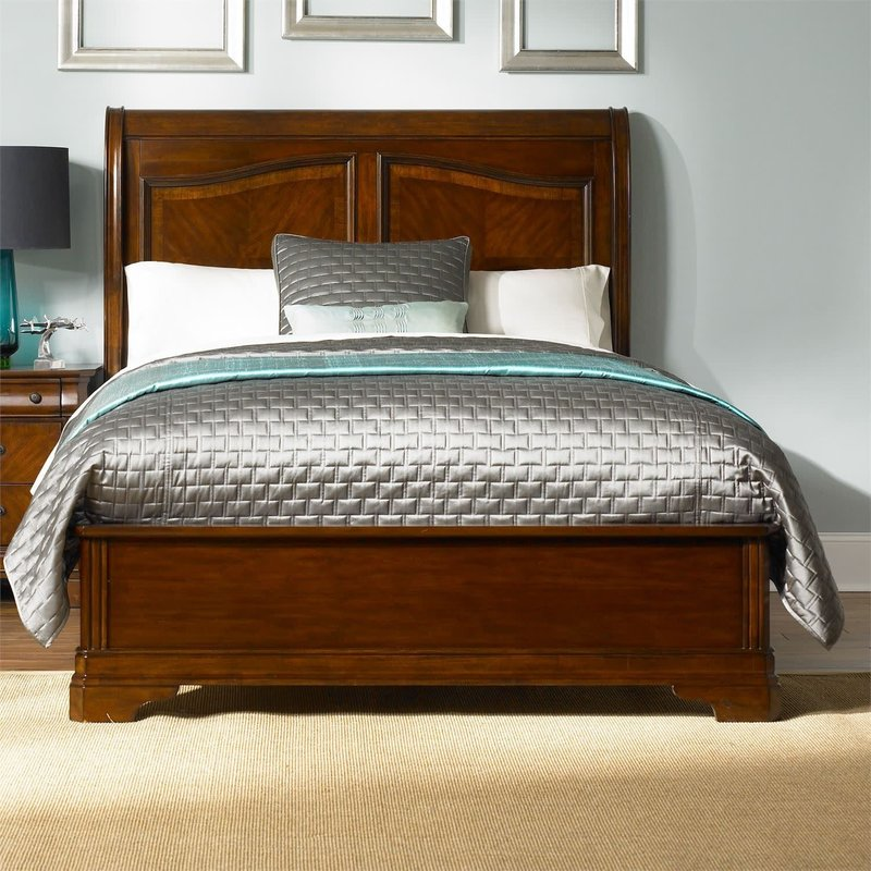 Liberty Alexandria Queen Sleigh Bed