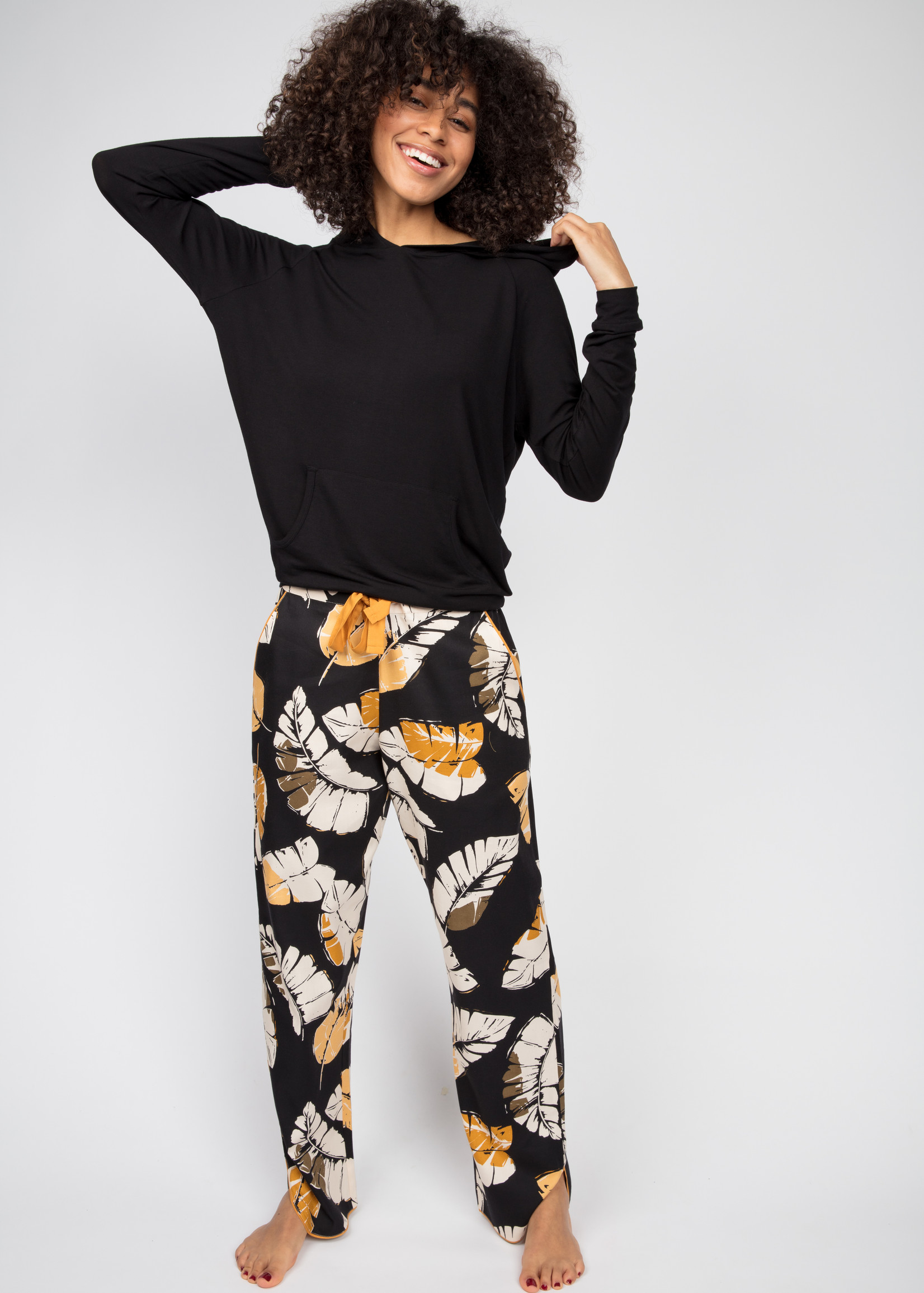 Cyberjammies Cyberjammies Annie Black Leaf Pyjama Pants