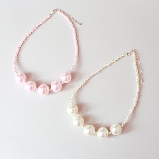 MaeLi Rose (faire) pearl necklace, 3+