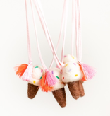 whimsical woolies (faire) woolies diffusing necklace, ice cream