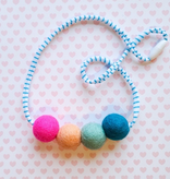whimsical woolies (faire) woolies diffusing necklace, teal & pink
