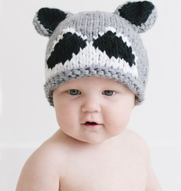 the blueberry hill roscoe raccoon hat