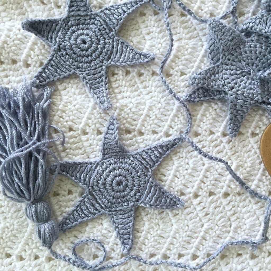 OB designs knit bunting
