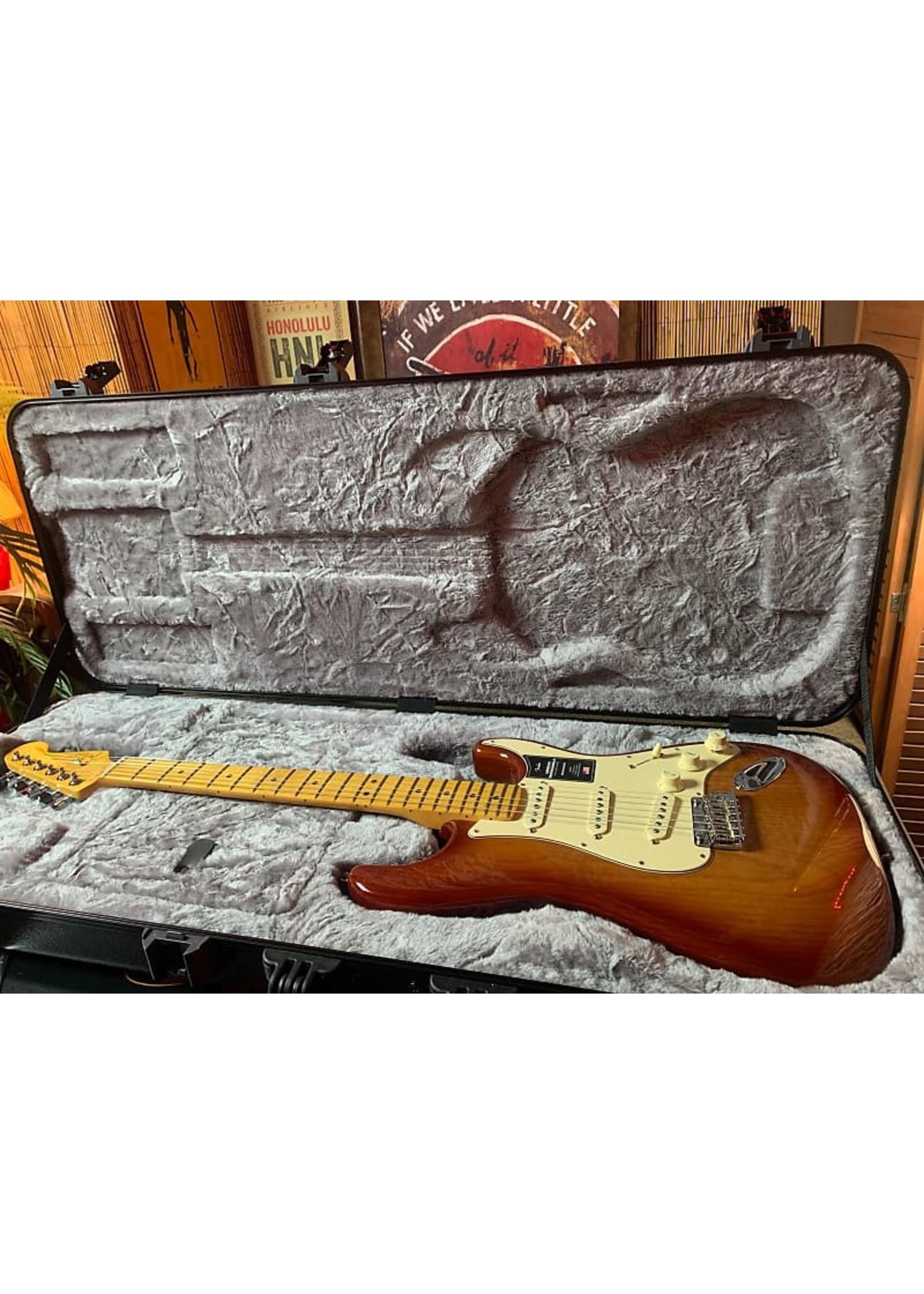 Fender Fender American Professional II Stratocaster in Sienna Sunburst