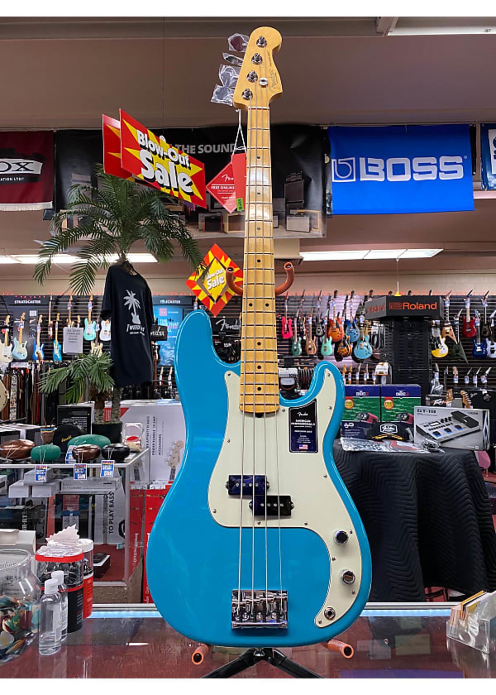 Fender Fender American Professional II Precision Bass®, Maple Fingerboard, Miami Blue
