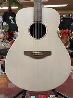 Yamaha Yamaha STORIA I Concert Acoustic-Electric Guitar Satin White