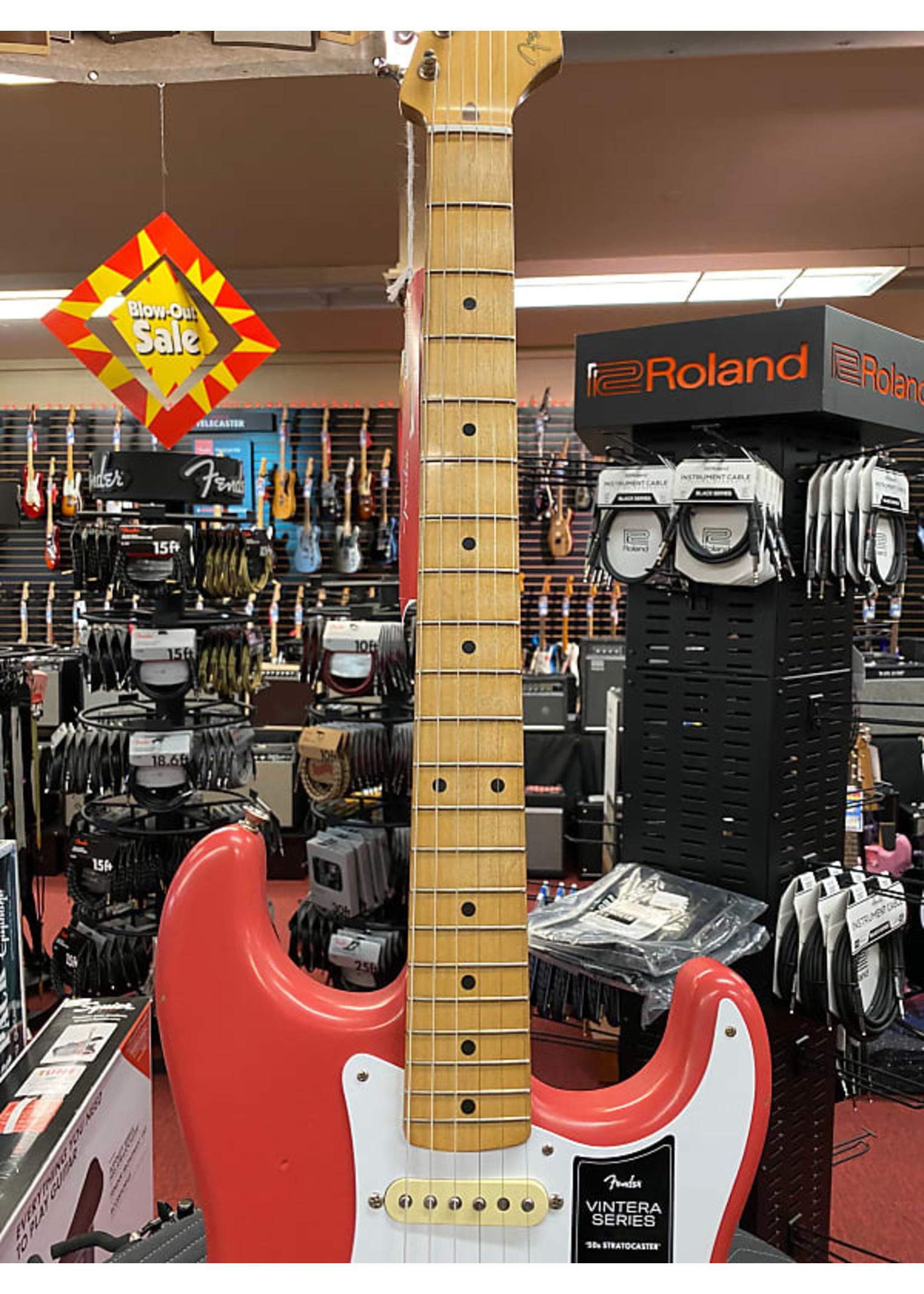 Fender Fender Vintera Road Worn® '50s Stratocaster®, Maple Fingerboard, Fiesta Red