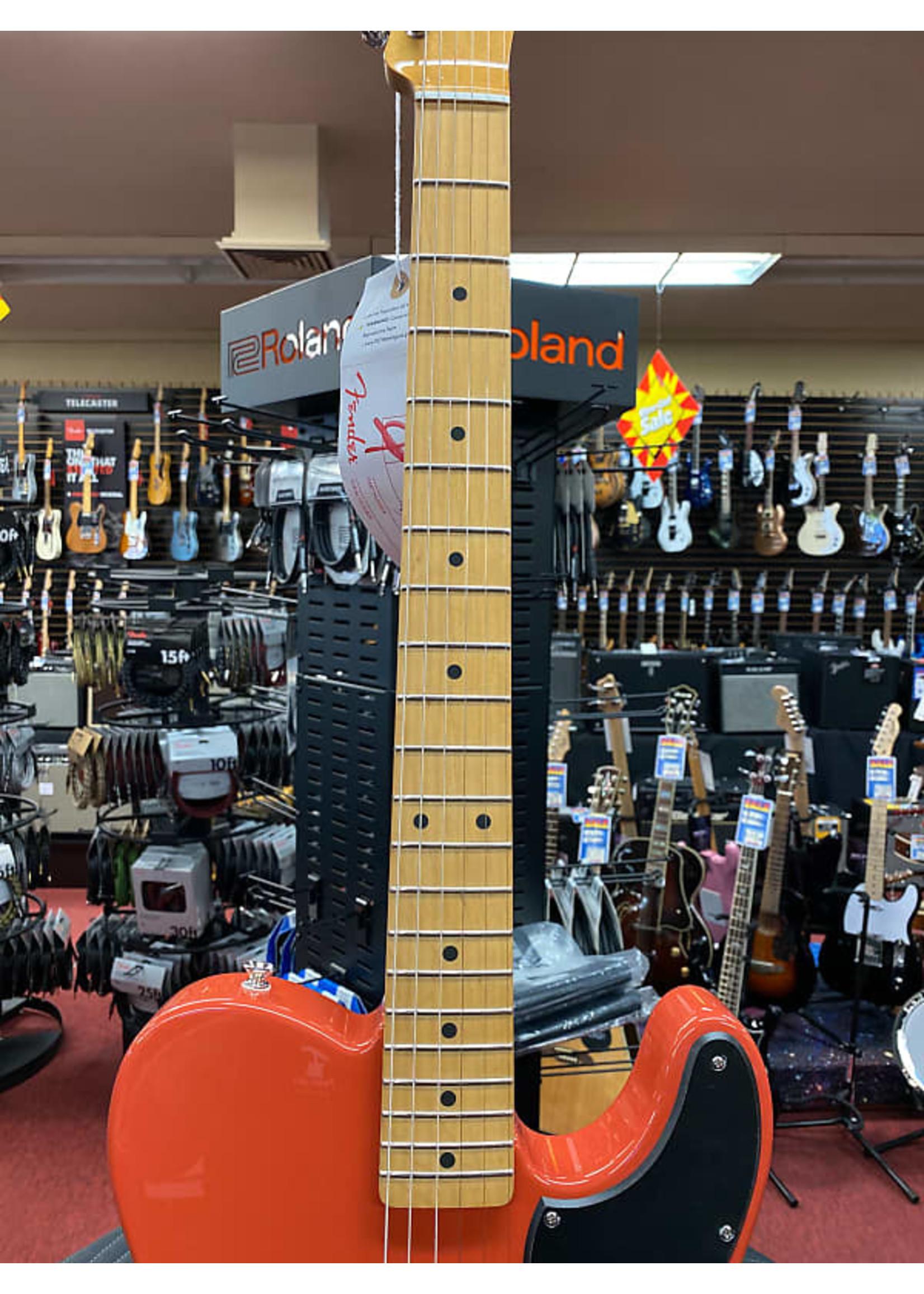 Fender Fender Noventa Telecaster Maple Neck Fiesta Red