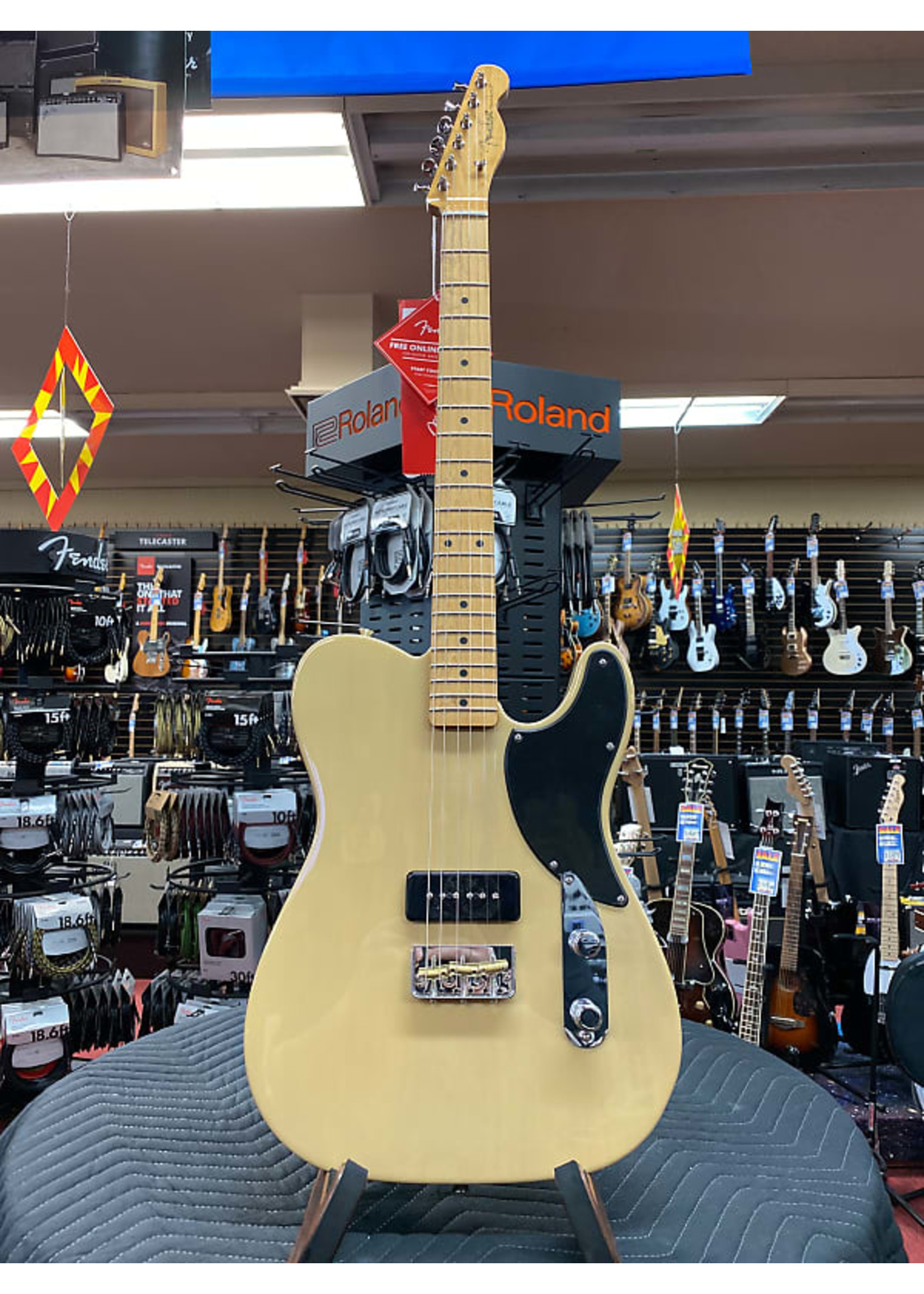 Fender Fender Noventa Tele Maple Neck Vintage Blonde
