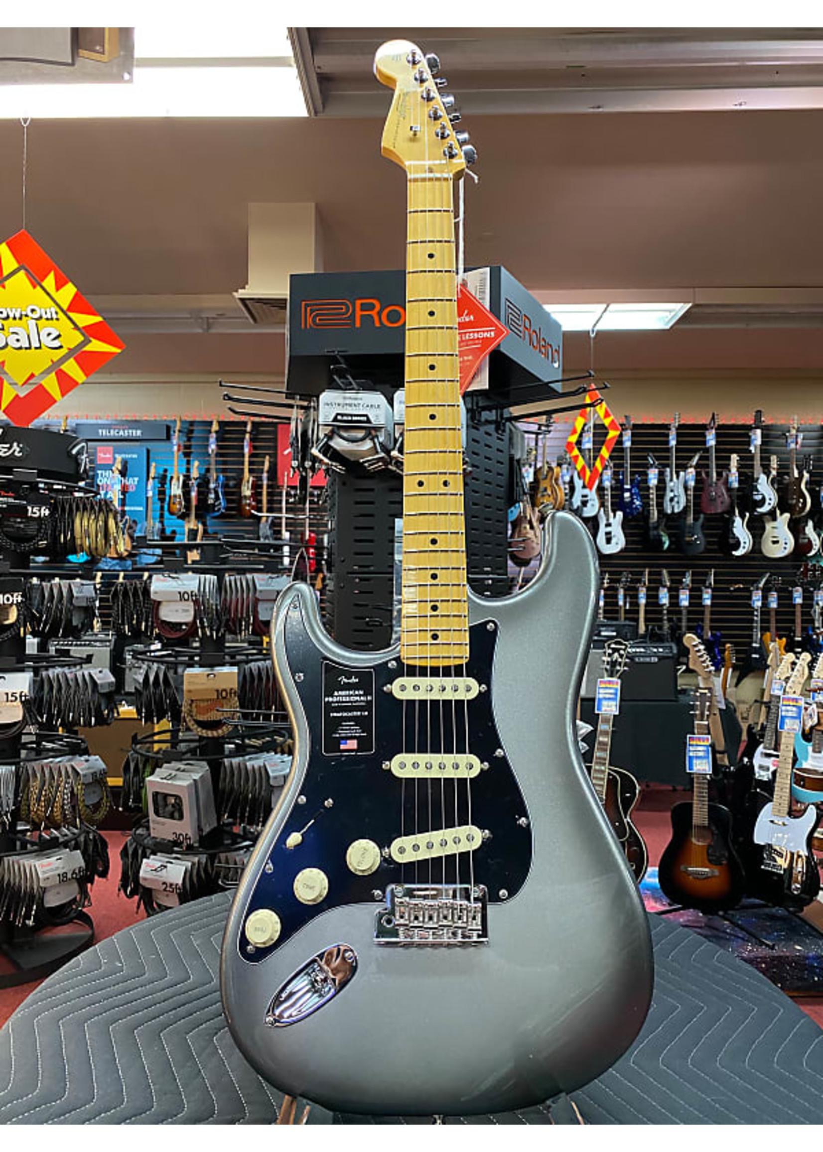 Fender Fender American Professional II Stratocaster® Left-Hand, Maple Fingerboard, Mercury