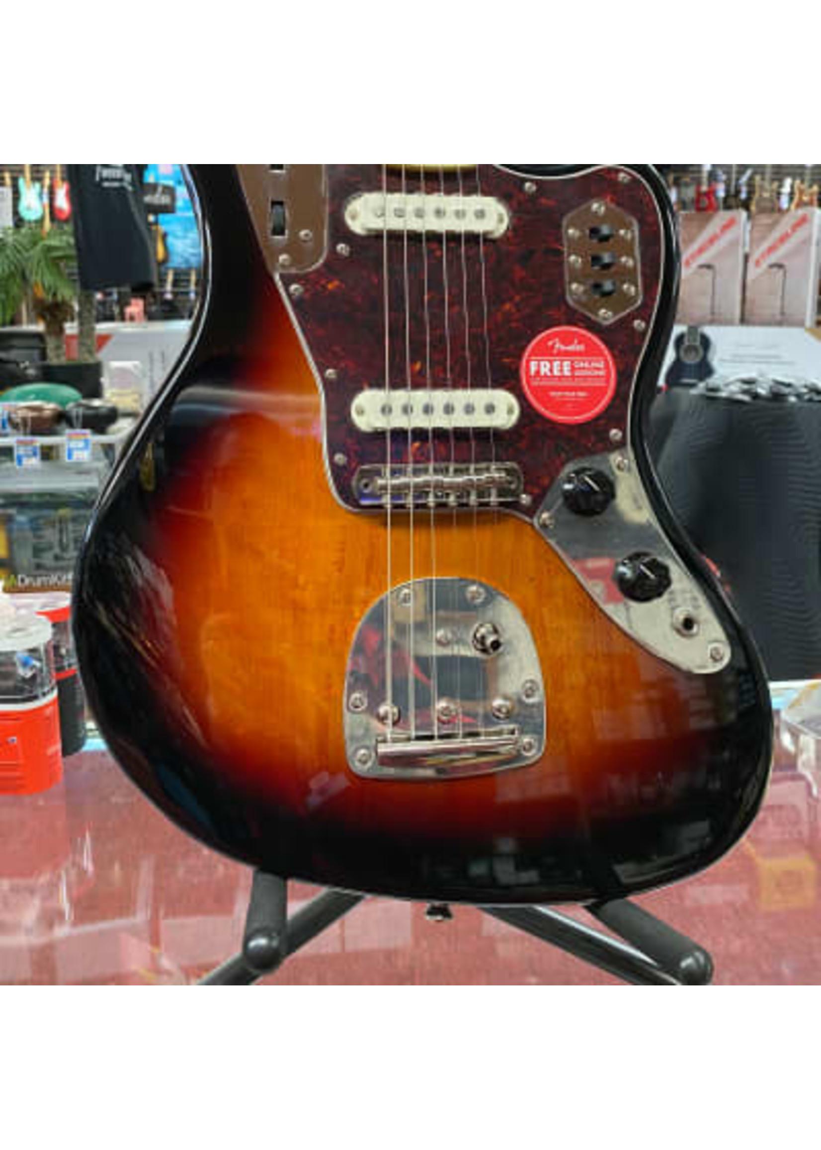 Squier Squier Classic Vibe '70s Jaguar®, Laurel Fingerboard, 3-Color Sunburst