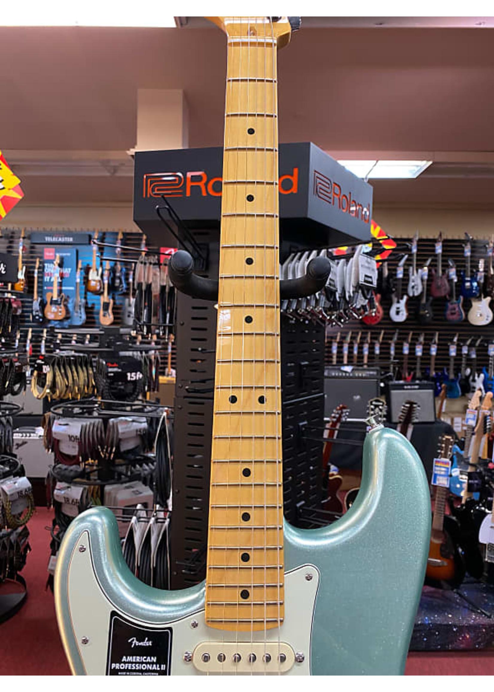 Fender Fender American Professional II Stratocaster® Left-Hand, Maple Fingerboard, Mystic Surf Green